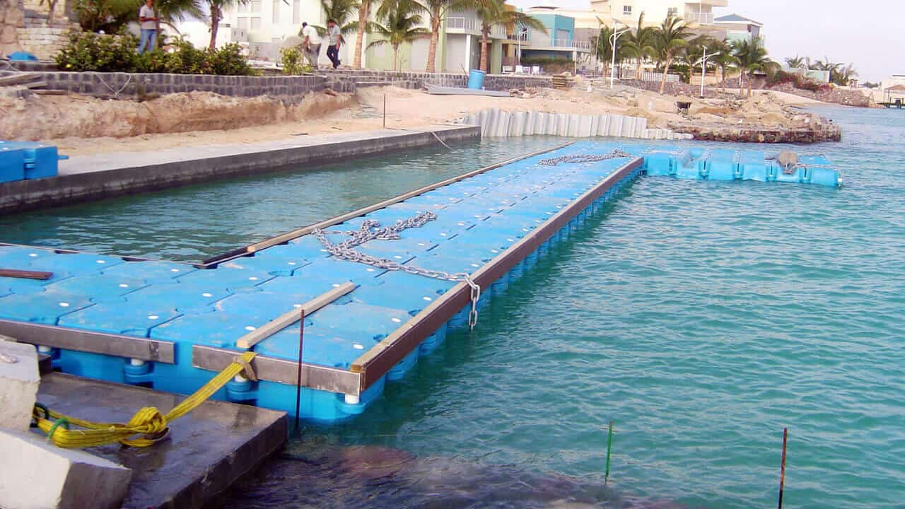 Airfloat Modular Pontoon System in use - Saudi Arabia