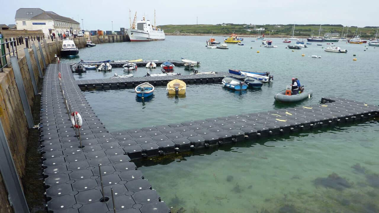 Airfloat Modular Pontoon System in use - Scilly St Mary